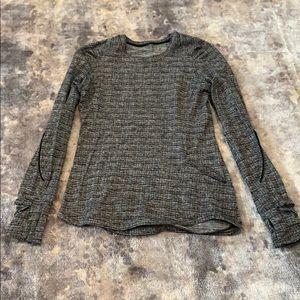Lululemon long sleeve gray size 4